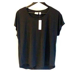 Chico's short sleeve basic black shirt